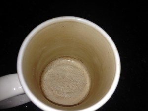 This is my tea mug before I used the vinegar on it. Dingy brown stains inside, although the mug is clean as it can be.